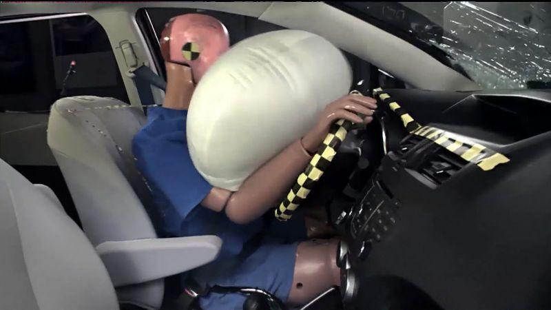 https: img-z.okeinfo.net content 2018 03 29 15 1879453 tahukah-anda-ternyata-airbag-mobil-sudah-ada-sejak-1950-an-Zwlc2tRJYk.jpg