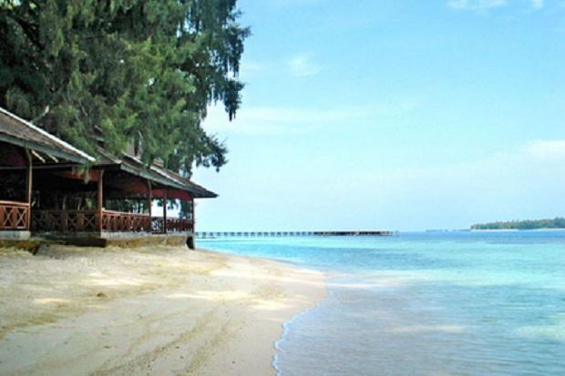 https: img-z.okeinfo.net content 2018 04 02 406 1881007 5-pantai-menakjubkan-di-jakarta-yang-harus-dikunjungi-sRyATgRYvl.jpg