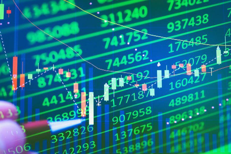 https: img-z.okeinfo.net content 2018 04 13 278 1886067 riset-saham-investor-kembali-panik-ihsg-bakal-melemah-4mvh3SUgrM.jpg