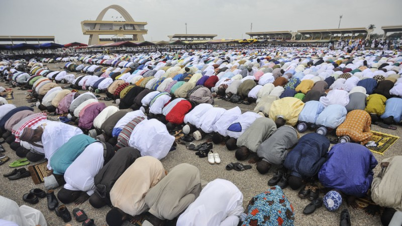 https: img-z.okeinfo.net content 2018 04 16 18 1887064 tekan-kebisingan-ghana-akan-minta-masjid-dan-gereja-panggil-jemaat-via-whatsapp-ciZ2M4ju3x.jpg