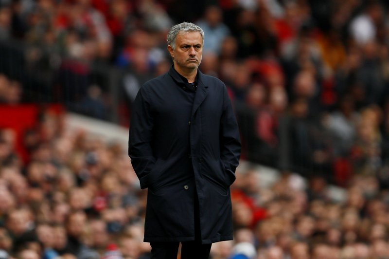 https: img-z.okeinfo.net content 2018 04 16 45 1887043 mourinho-ucapkan-selamat-atas-keberhasilan-man-city-juarai-liga-inggris-2ufu4JIJZt.JPG