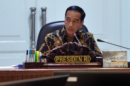 https: img-z.okeinfo.net content 2018 04 16 470 1887431 presiden-jokowi-minta-terobosan-kpr-untuk-pns-hingga-tni-Pz45WFyOd3.jpeg