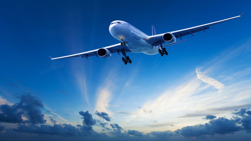 https: img-z.okeinfo.net content 2018 04 17 406 1887528 maskapai-penerbangan-mulai-jual-tiket-mudik-lebaran-6vbYmKgfzE.jpg