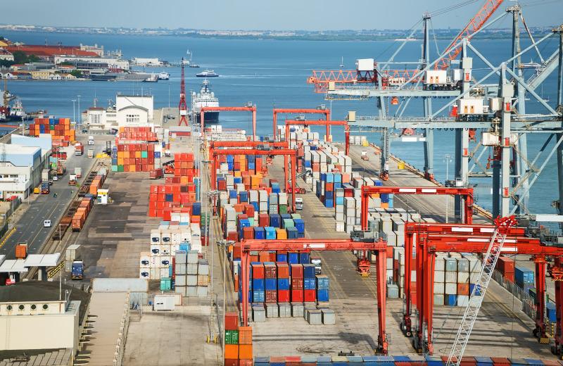 https: img-z.okeinfo.net content 2018 04 19 320 1888991 pembangunan-pelabuhan-patimban-dikebut-demi-ekspor-automotif-upNAsNfJL7.jpeg