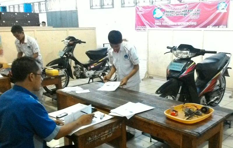https: img-z.okeinfo.net content 2018 05 10 65 1896746 indonesia-singapura-perkuat-kerjasama-pendidikan-vokasi-OnZoTTrdVM.jpg