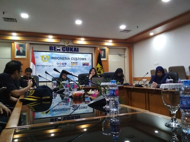 https: img-z.okeinfo.net content 2018 05 15 11 1898447 bea-cukai-paparkan-implementasi-gender-equality-and-diversity-di-the-2nd-wco-working-group-meeting-on-gender-equality-and-diversity-cFmqZvpV5W.jpeg