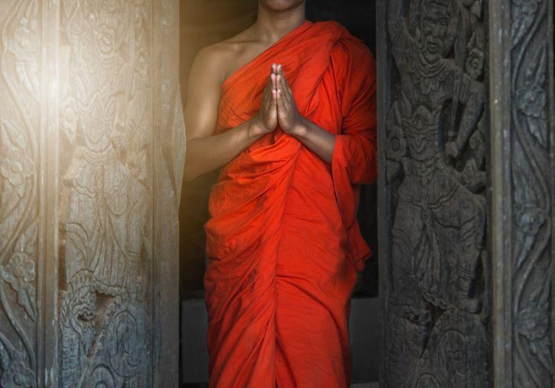https: img-z.okeinfo.net content 2018 05 29 196 1904113 4-tokoh-yang-ikuti-jalan-buddha-salah-satunya-sampai-bakar-diri-XDGc3twPvM.jpg