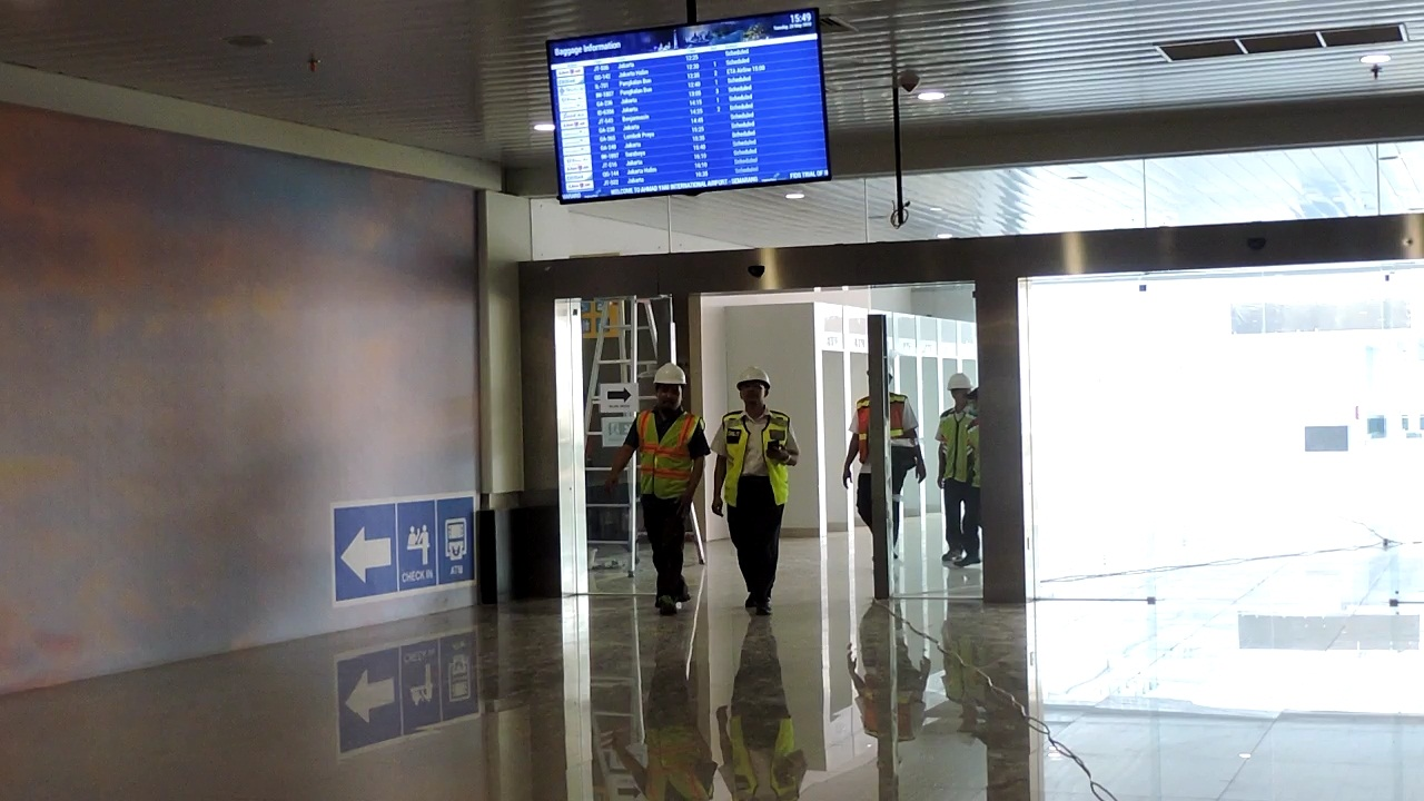 https: img-z.okeinfo.net content 2018 05 29 512 1904242 bandara-ahmad-yani-baru-semarang-mulai-beroperasi-6-juni-LPcOdM9LmN.jpg