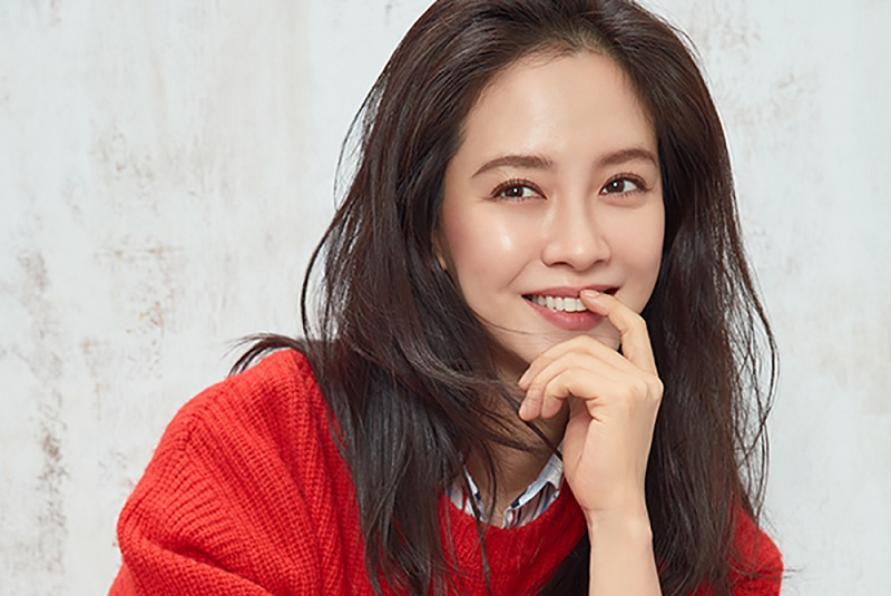 https: img-z.okeinfo.net content 2018 06 05 598 1906643 song-ji-hyo-pastikan-comeback-lewat-drama-lovelly-horribly-4Dxrn1DX98.jpg