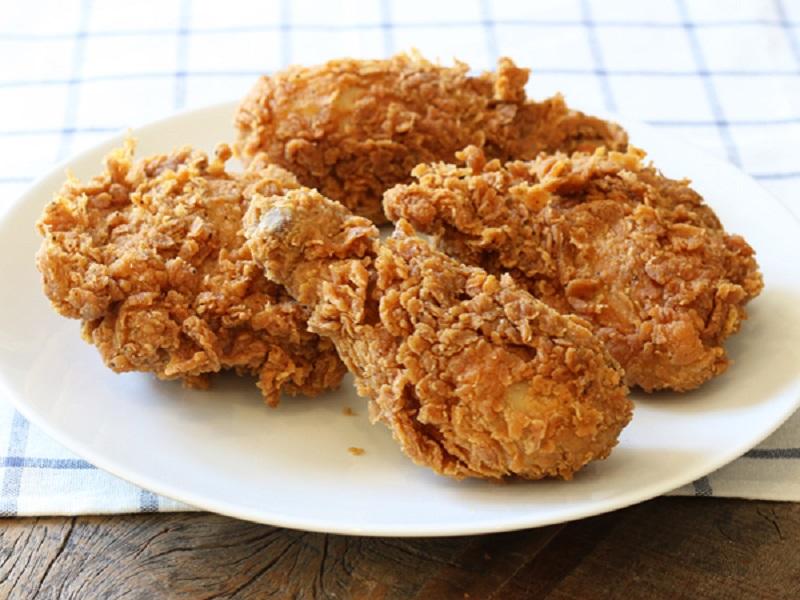 https: img-z.okeinfo.net content 2018 06 12 298 1909656 kabar-baik-buat-vegan-restoran-cepat-saji-ini-akan-luncurkan-ayam-goreng-vegetarian-vxvshAYS4c.jpg