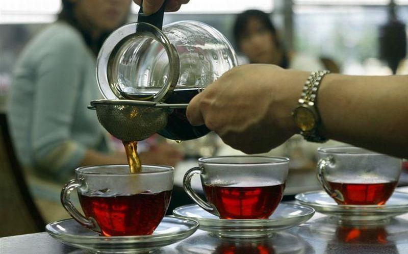 https: img-z.okeinfo.net content 2018 06 14 481 1910266 jangan-biasakan-minum-teh-di-pagi-hari-ini-5-bahayanya-TBA77Ga5l1.jpg