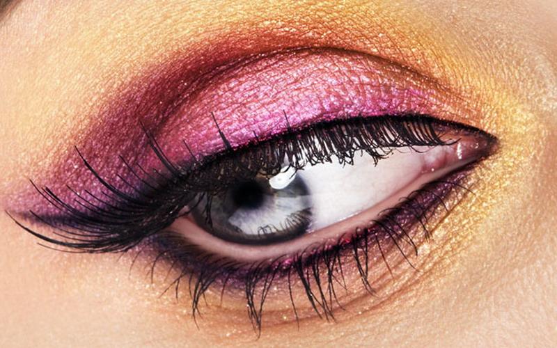 https: img-z.okeinfo.net content 2018 06 21 194 1912183 5-tips-mudah-gunakan-eyeliner-agar-cantik-sempurna-170DrDRCb1.jpg
