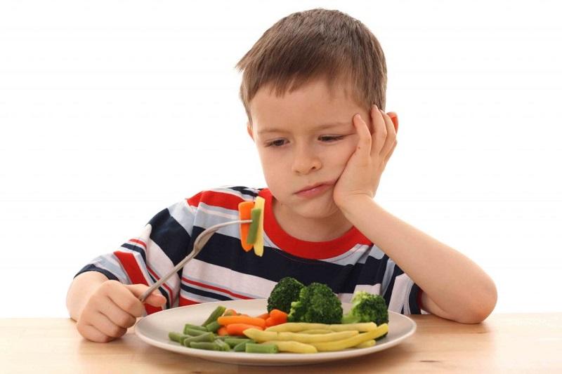 https: img-z.okeinfo.net content 2018 06 21 196 1912338 dihidangkan-salad-saat-makan-malam-bocah-ini-lapor-polisi-1FJCdfJcSR.jpg