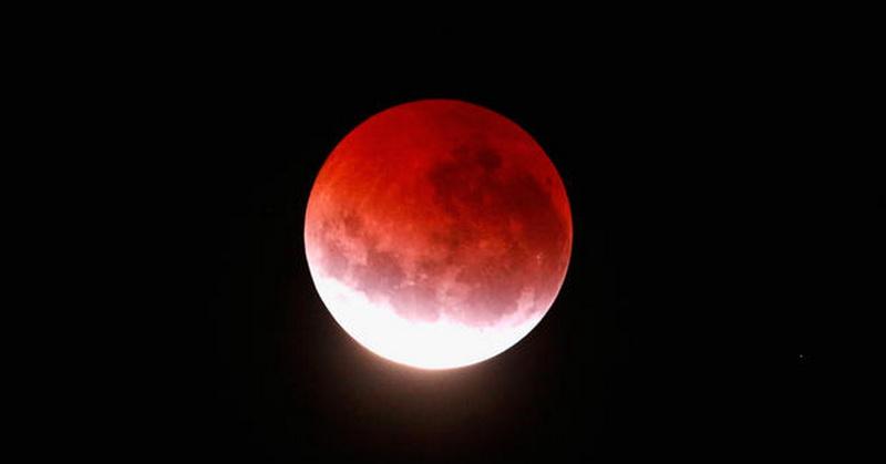 https: img-z.okeinfo.net content 2018 07 02 56 1916740 gerhana-bulan-total-durasi-terpanjang-abad-ini-terlihat-pada-27-juli-LUdWCS6VT7.jpg