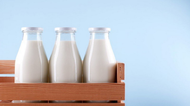 https: img-z.okeinfo.net content 2018 07 06 481 1918807 asal-bukan-susu-kental-manis-ini-7-manfaat-susu-untuk-pertumbuhan-RWHWvZaink.jpg