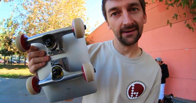 https: img-z.okeinfo.net content 2018 07 07 57 1919316 apple-ipad-dijadikan-skateboard-mampukah-bertahan-DAHK0qprZk.jpg