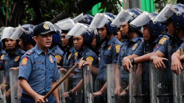 https: img-z.okeinfo.net content 2018 07 10 18 1920227 polisi-filipina-tolak-tambah-pengamanan-usai-2-wali-kota-dan-1-wakil-wali-kota-tewas-ditembak-j1wDhEub4s.jpg