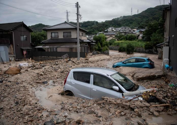 https: img-z.okeinfo.net content 2018 07 10 18 1920411 sedikitnya-141-orang-tewas-akibat-musibah-banjir-jepang-vYA2TC7RvP.jpg