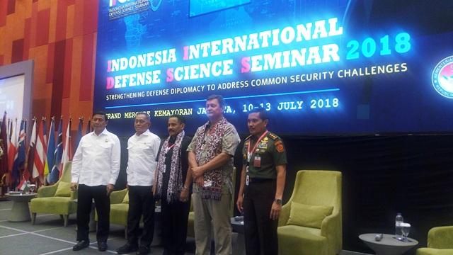 https: img-z.okeinfo.net content 2018 07 11 337 1921047 menhan-berharap-para-ulama-bantu-berantas-terorisme-di-indonesia-r3HlNlbU0c.jpg