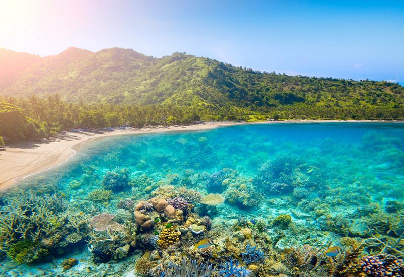 https: img-z.okeinfo.net content 2018 07 11 406 1920892 3-pulau-indonesia-dinobatkan-jadi-yang-terbaik-di-dunia-kalahkan-maladewa-dan-selandia-baru-xPuw9zNUln.jpg