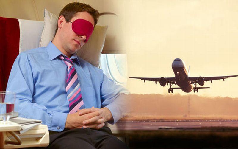 https: img-z.okeinfo.net content 2018 07 23 481 1926187 alasan-medis-dibalik-tidak-boleh-tidur-saat-pesawat-lepas-landas-mendarat-zqukqIiIaF.jpg