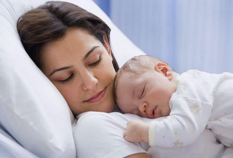https: img-z.okeinfo.net content 2018 07 28 196 1928638 ibu-milenial-mesti-pandai-bedakan-mitos-fakta-dalam-pengasuhan-anak-G7nnWSArGu.jpg
