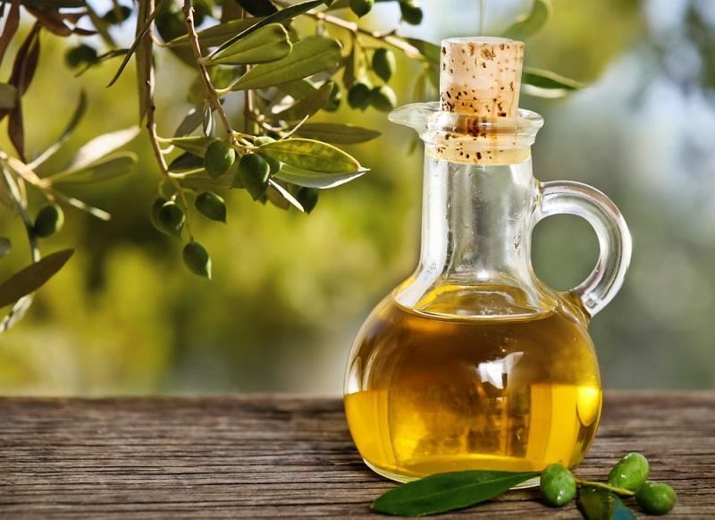 https: img-z.okeinfo.net content 2018 07 31 298 1929832 masak-dengan-minyak-zaitun-ini-nutrisi-yang-bisa-didapat-znGDmlQ8mL.jpg