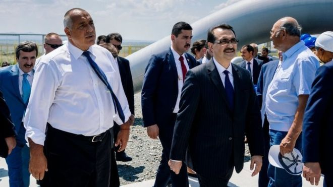 https: img-z.okeinfo.net content 2018 08 09 18 1933997 meski-as-mengancam-turki-tetap-akan-membeli-gas-alam-dari-iran-VcZWeo3gL9.jpg