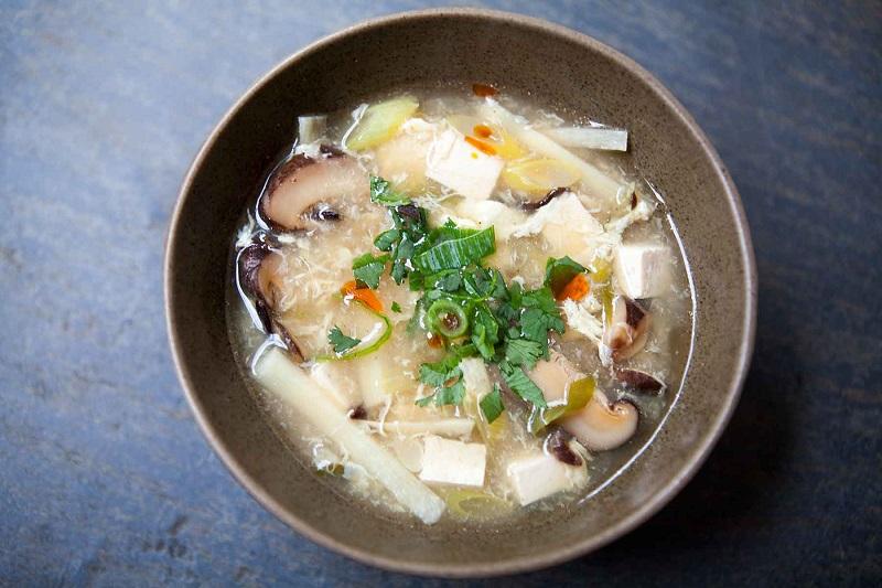 https: img-z.okeinfo.net content 2018 08 09 298 1934316 serba-jamur-2-rekomendasi-resep-untuk-menu-sarapan-spesial-GHXDQmqLQK.jpg