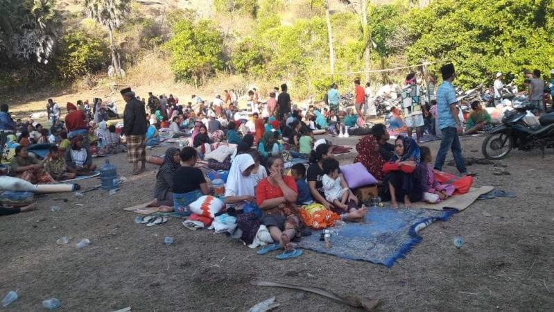 https: img-z.okeinfo.net content 2018 08 10 340 1934801 korban-tewas-gempa-lombok-jadi-321-orang-kerugian-lebih-dari-rp2-triliun-GlXaSLkPIP.jpg