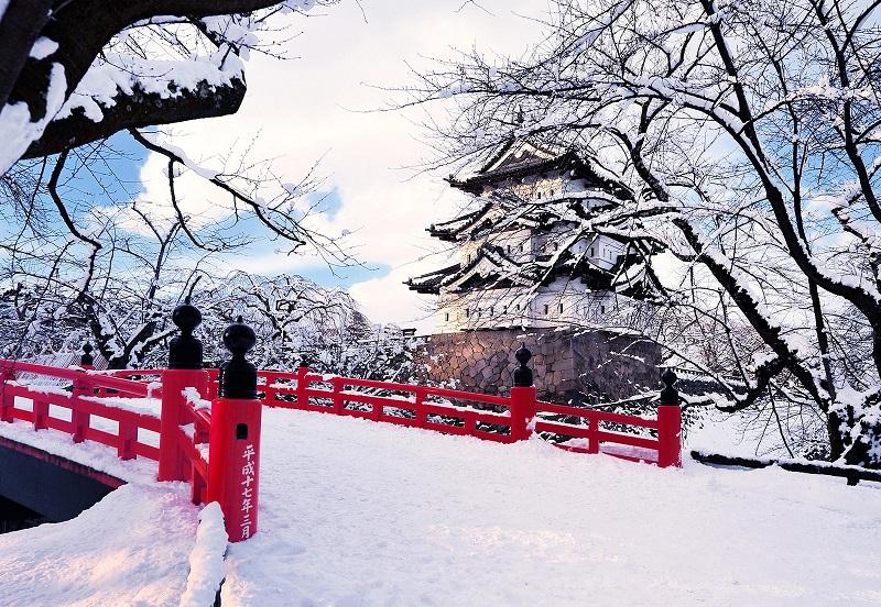 https: img-z.okeinfo.net content 2018 08 10 406 1934647 musim-salju-jadi-waktu-terbaik-untuk-liburan-ke-jepang-P0ExexHPtX.jpg