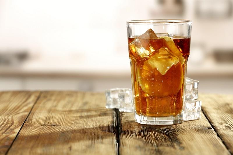 https: img-z.okeinfo.net content 2018 08 10 481 1934654 jangan-minum-es-teh-untuk-hilangkan-haus-dehidrasi-kenapa-h845sTVRjc.jpg