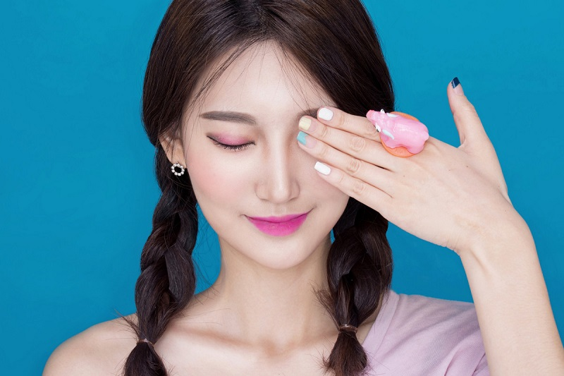https: img-z.okeinfo.net content 2018 08 11 194 1935081 seperti-ini-lho-ciri-khas-gaya-make-up-ala-korea-shA76v9hBK.jpg