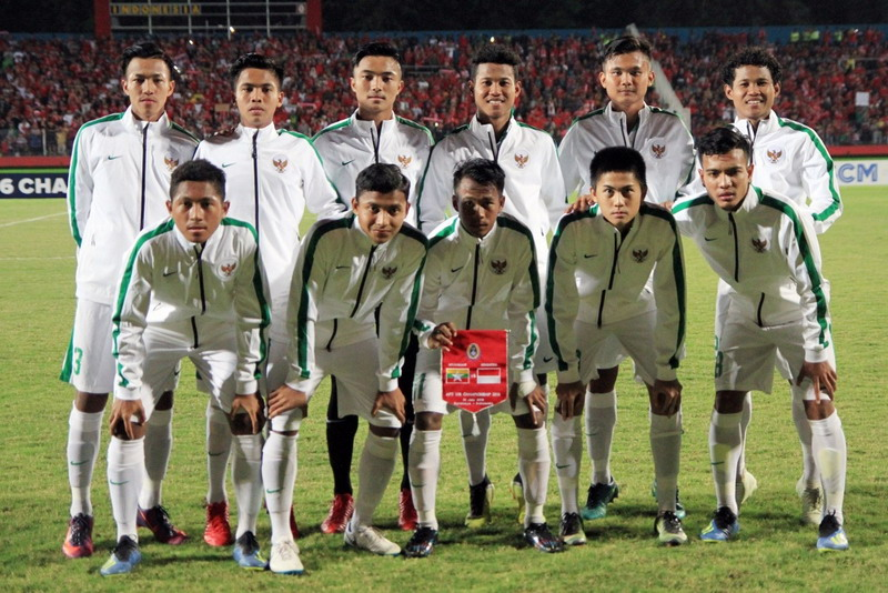 https: img-z.okeinfo.net content 2018 08 11 51 1935037 personel-timnas-indonesia-u-16-lupakan-kemenangan-atas-thailand-di-kualifikasi-piala-asia-I7Y2rVuRQV.jpg