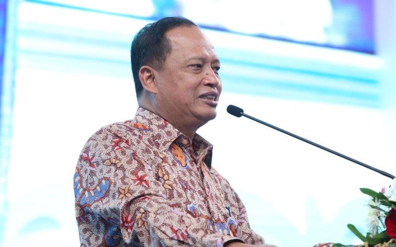 https: img-z.okeinfo.net content 2018 08 13 65 1936033 diaspora-jadi-jembatan-pengembangan-kualitas-sdm-indonesia-NccrMmy7W0.jpg