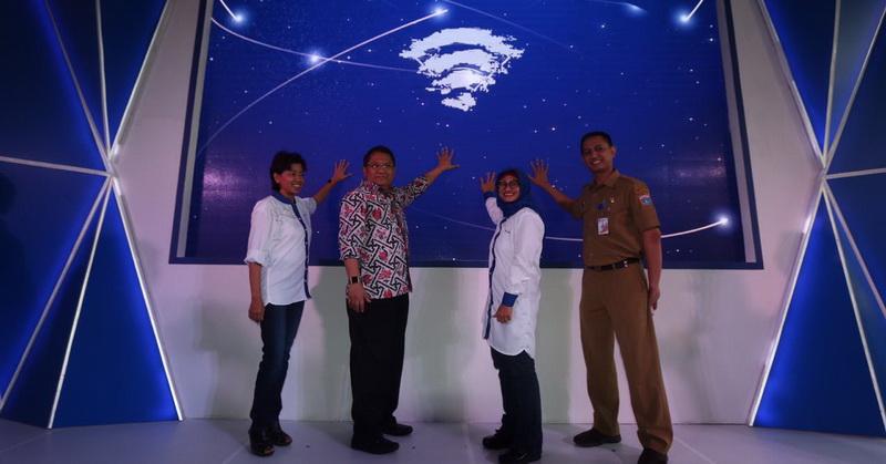 https: img-z.okeinfo.net content 2018 08 20 54 1939078 uji-coba-jaringan-5g-wigig-dorong-jakarta-smartcity-pAj3DctTQV.jpg