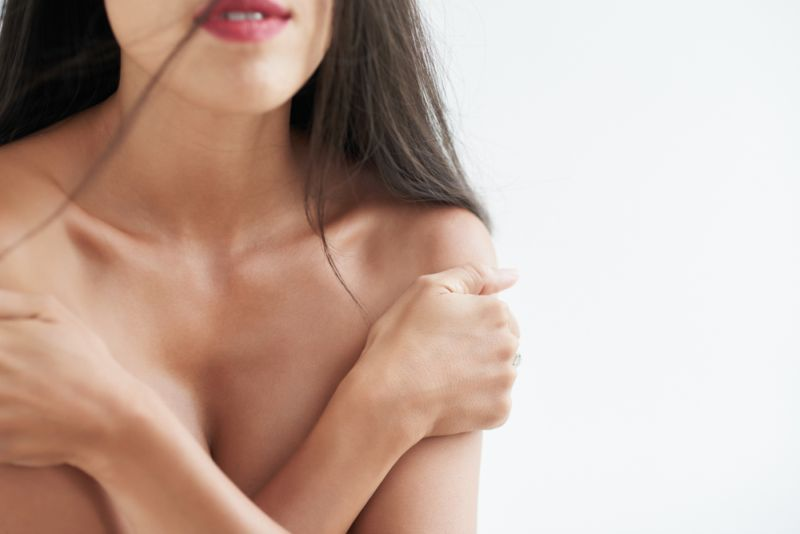 https: img-z.okeinfo.net content 2018 09 07 194 1947199 berbekal-airbrush-para-wanita-telanjang-ini-disulap-jadi-superhero-sCWY3q58a7.jpg