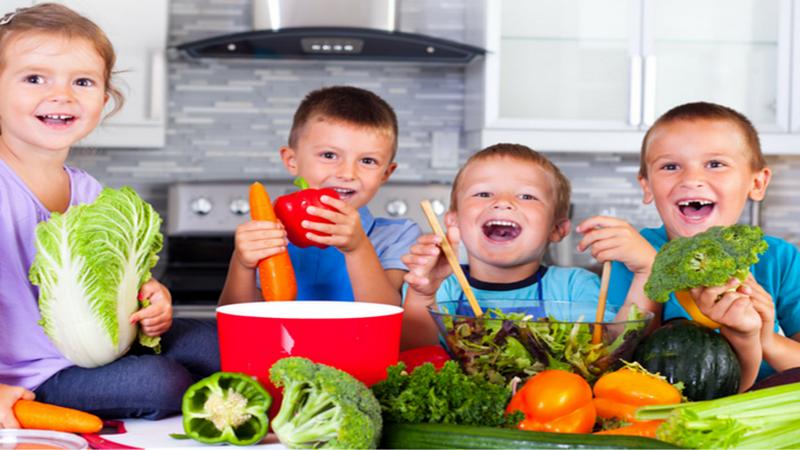 https: img-z.okeinfo.net content 2018 09 10 481 1948507 membiasakan-anak-konsumsi-makanan-sehat-dimulai-dari-rumah-k7q3dQRVAa.png