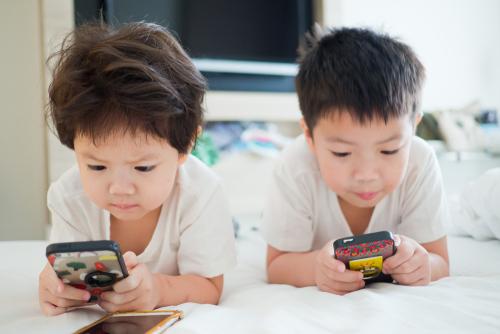 https: img-z.okeinfo.net content 2018 09 12 207 1949281 ini-konten-yang-dikonsumsi-anak-anak-saat-mengakses-internet-BFdNbyzTds.jpg