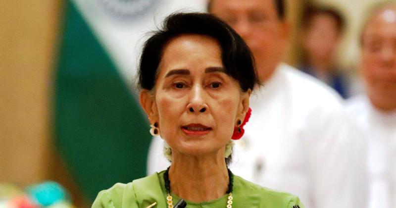 https: img-z.okeinfo.net content 2018 09 14 18 1950255 operasi-militer-etnis-rohingya-aung-san-suu-kyi-seharusnya-ditangani-lebih-baik-WKn3ybd8UB.jpg