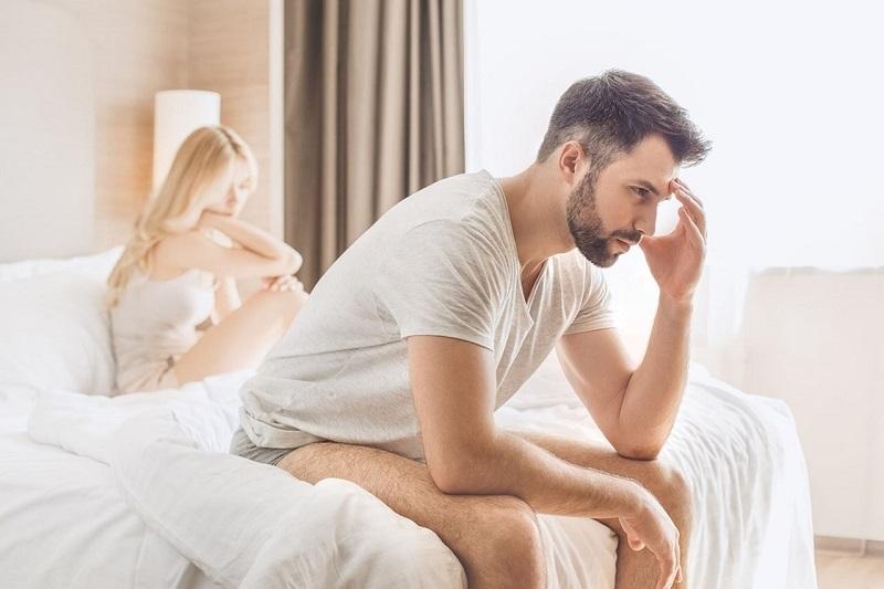 https: img-z.okeinfo.net content 2018 09 17 481 1951813 pria-dewasa-yang-buru-buru-bercinta-setelah-sunat-berisiko-kena-hiv-02lC0DvEzl.jpg