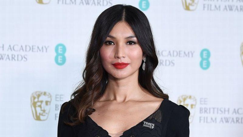 https: img-z.okeinfo.net content 2018 09 19 194 1952391 5-gaya-keren-dan-berkelas-gemma-chan-aktris-cantik-di-crazy-rich-asians-118Nm5ADtH.jpg