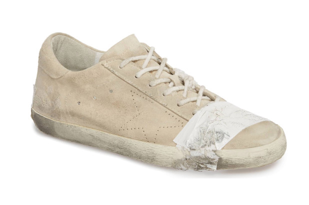 https: img-z.okeinfo.net content 2018 09 24 194 1954661 sepatu-buluk-ini-dihargai-rp7-juta-lebih-mau-membelinya-ZWf7GqCUMs.jpg