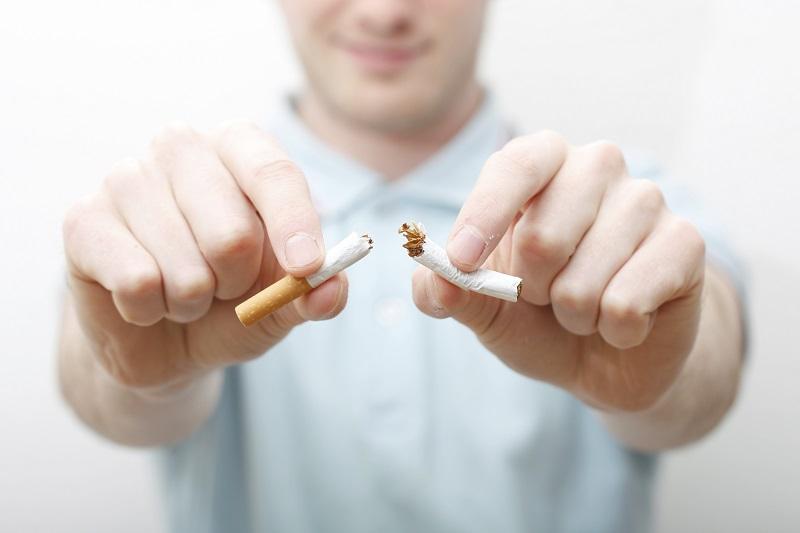 https: img-z.okeinfo.net content 2018 09 26 481 1955711 luangkan-waktu-30-menit-setiap-hari-untuk-coba-trik-ampuh-berhenti-merokok-ini-eUdYANFdUU.jpg