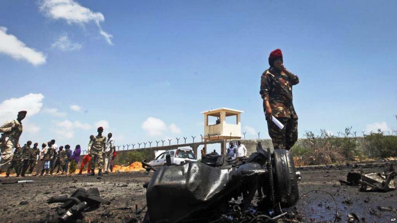 https: img-z.okeinfo.net content 2018 10 03 18 1958867 serangan-udara-as-tewaskan-9-militan-al-shabab-di-somalia-R3YaGA0Bpv.jpg
