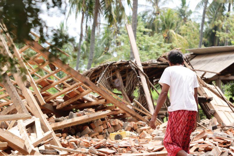 https: img-z.okeinfo.net content 2018 10 03 481 1958930 psikiater-tak-heran-jika-ada-aksi-jarah-usai-gempa-dan-tsunami-palu-pzhsmJF0ke.jpg