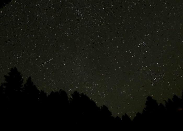 https: img-z.okeinfo.net content 2018 10 06 56 1960503 hujan-meteor-draconid-bakal-hujani-bumi-pekan-ini-4WnJLxTg2T.jpg