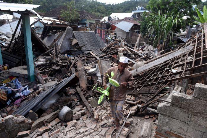 https: img-z.okeinfo.net content 2018 10 08 65 1961229 21-fasilitas-pendidikan-di-lombok-telah-selesai-diperbaiki-h5btDJLe9P.jpg