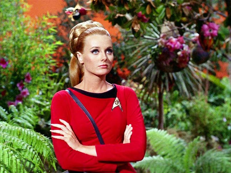 https: img-z.okeinfo.net content 2018 10 11 33 1962635 aktris-star-trek-celeste-yarnall-meninggal-dunia-akibat-kanker-ovarium-vX7puKBFIt.jpg