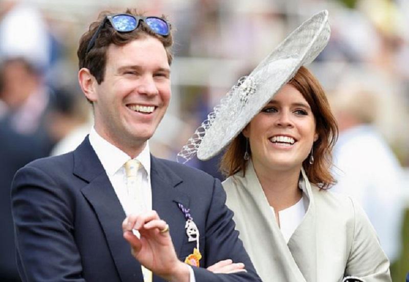 https: img-z.okeinfo.net content 2018 10 12 196 1963241 naomi-campbell-hingga-mantan-kekasih-pangeran-harry-hadiri-royal-wedding-putri-eugenie-bwhkoKnmAd.jpg